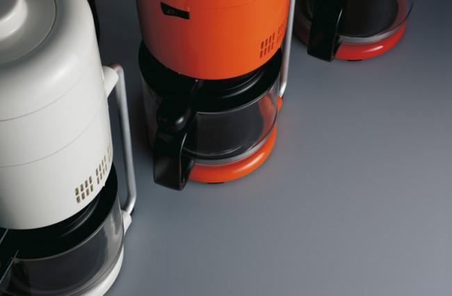 L+M-28: Braun Kaffeemaschine »KF 20 Aromaster« von 1972, Detail, Design Florian Seiffert, Foto: Koichi Okuwaki