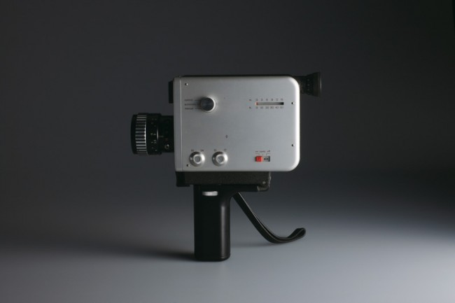 L+M-17: Braun Filmkamera »Nizo S 8« von 1965, Design: Robert Oberheim, Foto: Koichi Okuwaki