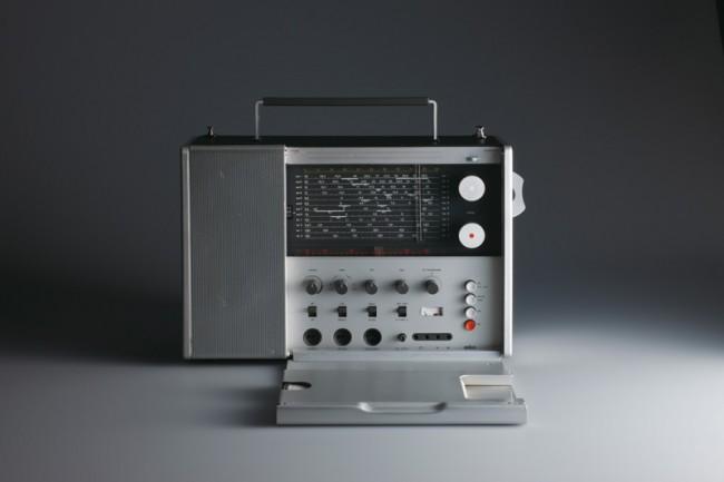 L+M-14: Braun Weltempfänger »T 1000« von 1963, Design: Dieter Rams, Foto: Koichi Okuwaki