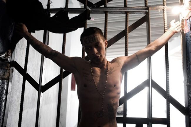 Die Dokumentationen des Franzosen Miquel Dewever-Plana zeigen gewalttätige Szenen in Guatemala.