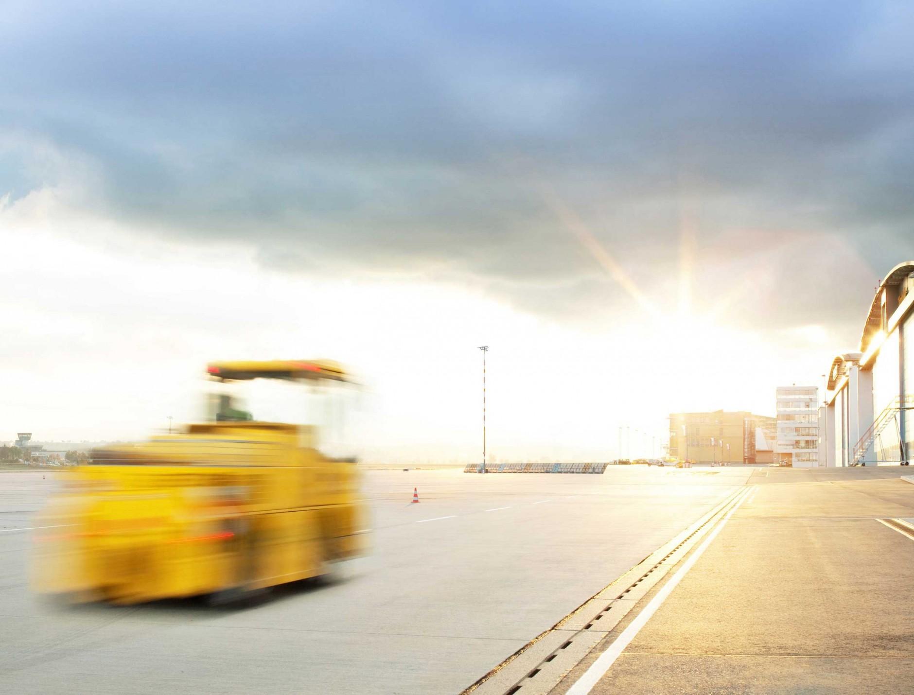 Airport von Joel Micah für Sky Tanking