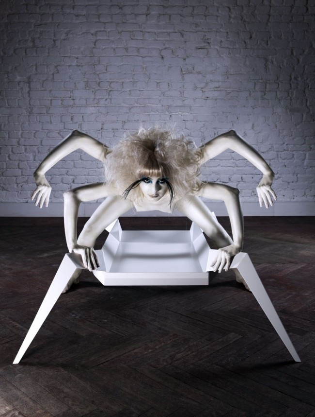 Serhan Gürkan: Tisch »Tommy The Spider«, Prototyp, 2009