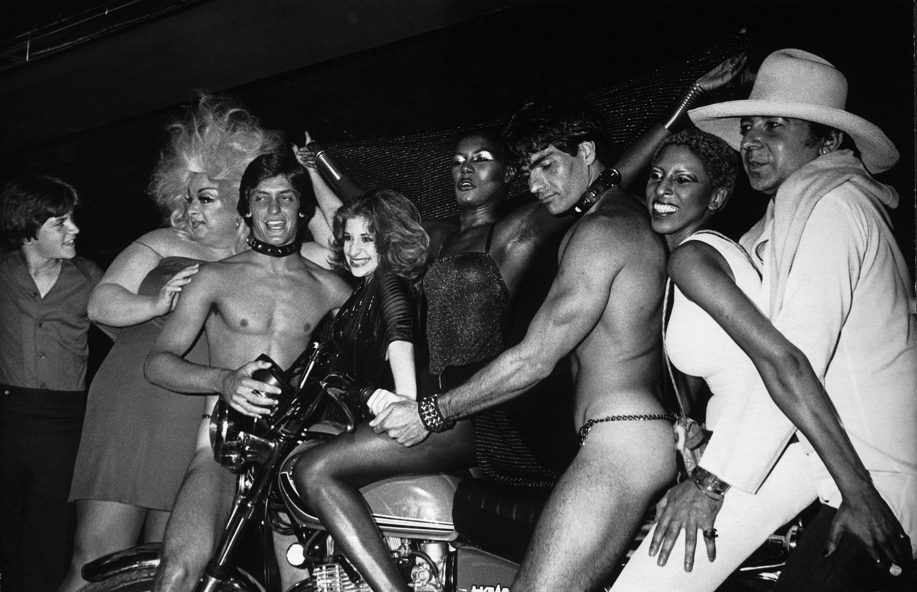 Francesco Scavullo: Grace Jones, 1979. © Francesco Scavullo, Motion Picture Group Inc.