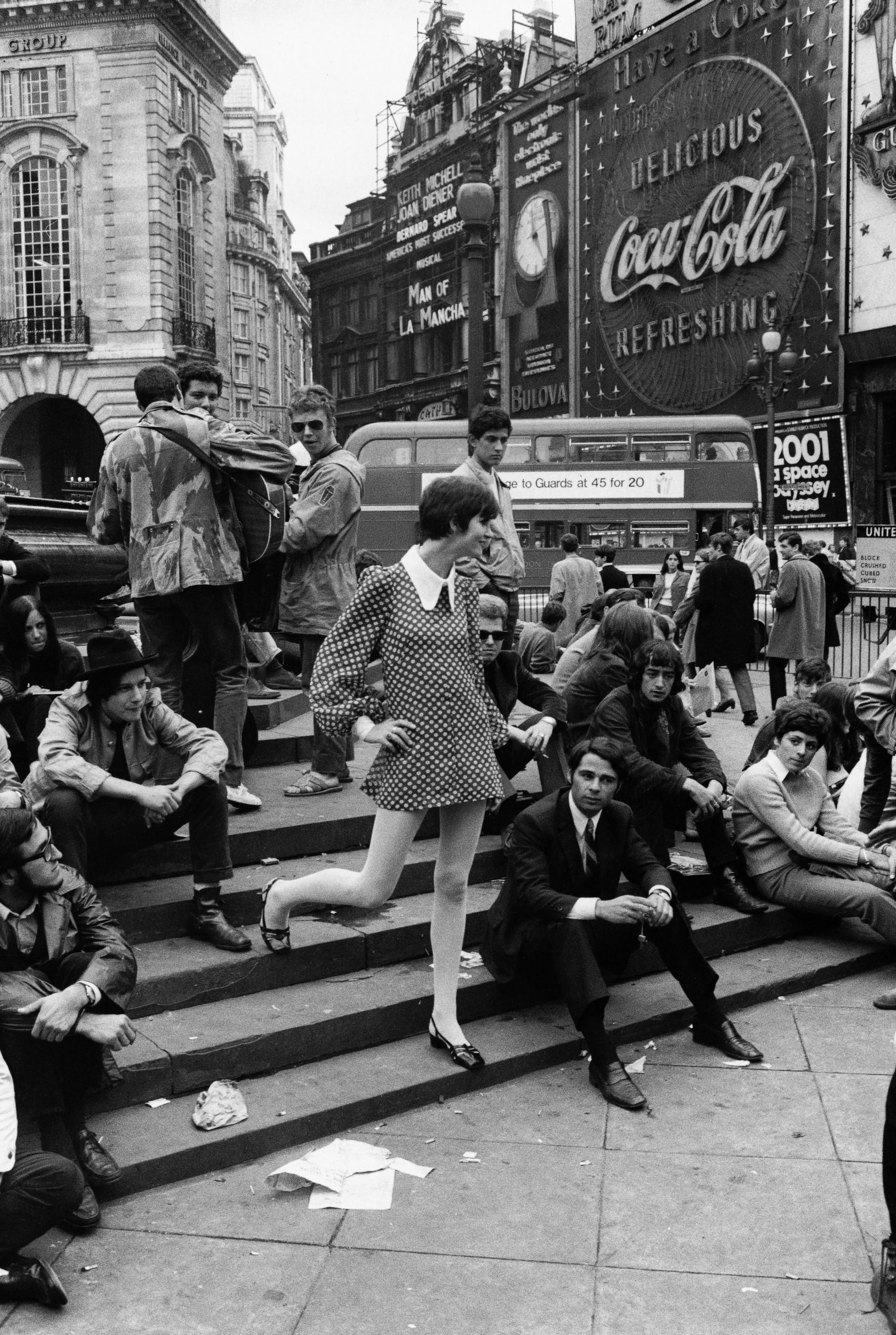 Rudi Meisel: Picadilly Circus, London, 1968. © Rudi Meisel