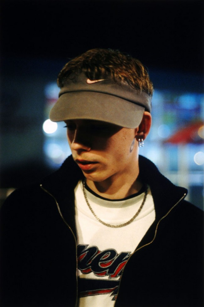 Fremder, a. d. Serie: Ha Neu, Halle, 2003 © Tobias Zielony, 2011