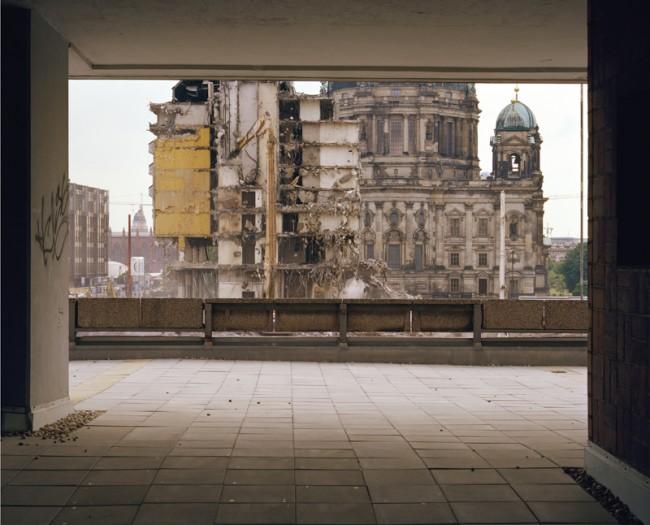 Jörn Vanhöfen: Palast Hotel Berlin 274, 2001