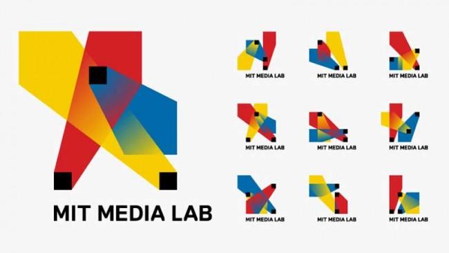 MIT Media Lab Identity: dynamisches Logo, dessen Lichtkegel fortwährend neue Variationen formen | © TheGreenEyl