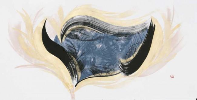 Yoshikawa Jûichi »Great Joy (Große Freude)«   Der Titel geht auf das Goldene Königreich Zipang zurück. Pinselstriche üben ihre Macht in der demotischen karreeförmigen chinesischen Schrift aus. Die Leichtigkeit des Pinsels bringt einen tänzelnden Effekt hervor, um ein Gefühl großer Freude auszudrücken. 94 × 182 cm