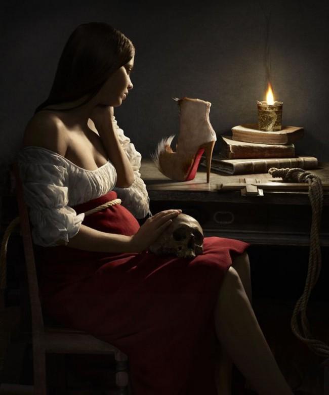 »Magdalena mit der Öllampe« nach Georges de la Tour blickt hier auf Louboutins »Puck Boot«