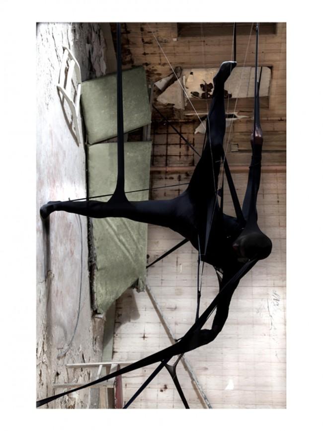 PLACE SPECIFIC PHOTOGRAPHY // BEELITZ: Styling, Konzept und Fotografie in Zusammenarbeit mit Stephanie Wald | Private project 2010