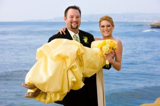 USEFUL PHOTOGRAPHY #010 | Carry the Bride