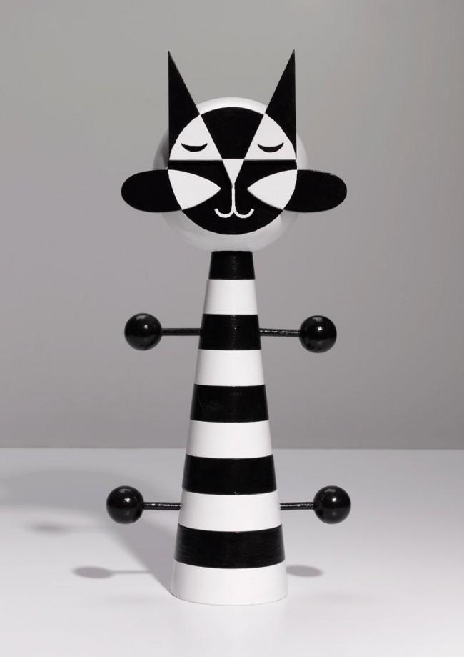 Toy Cat © Damien Poulain