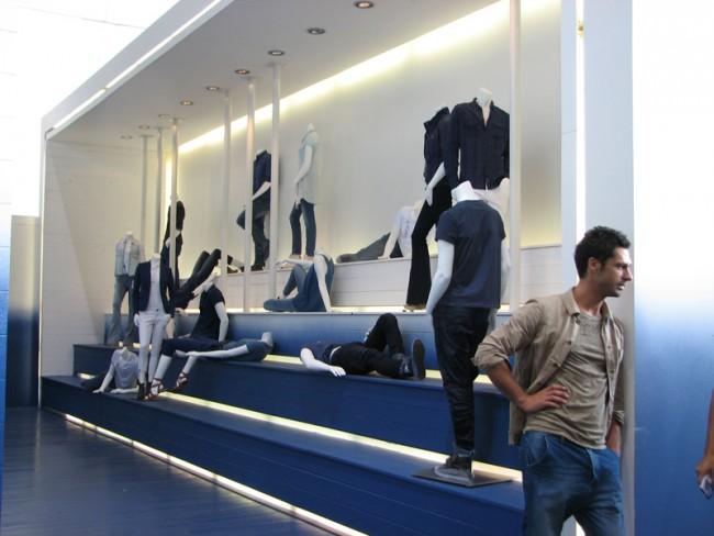 ... auch in Calvin Klein Jeans Präsentation