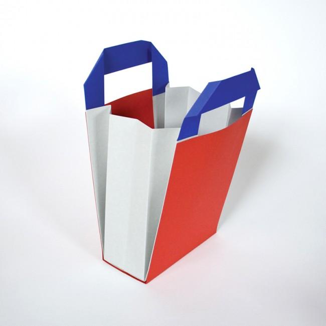 Merchandising Box für den Film »Mirror and Shadows«