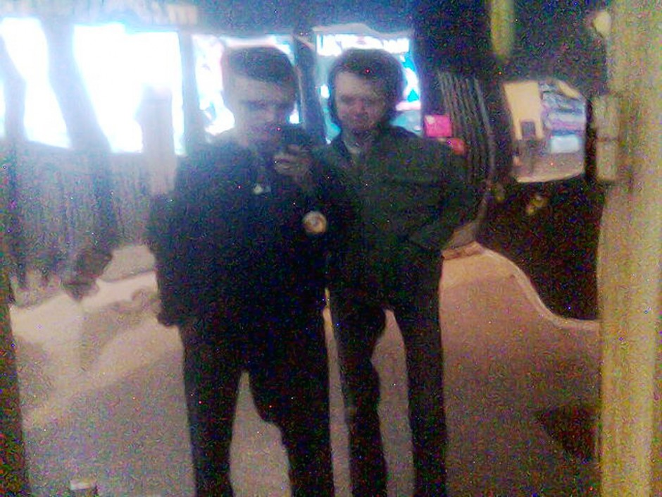 Selfburning, 32, das Motiondesignduo lebt und arbeitet in Moskau