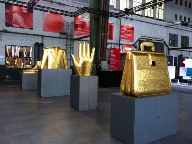 Bisazza zeigt Goldenes von Allessandro Mendini
