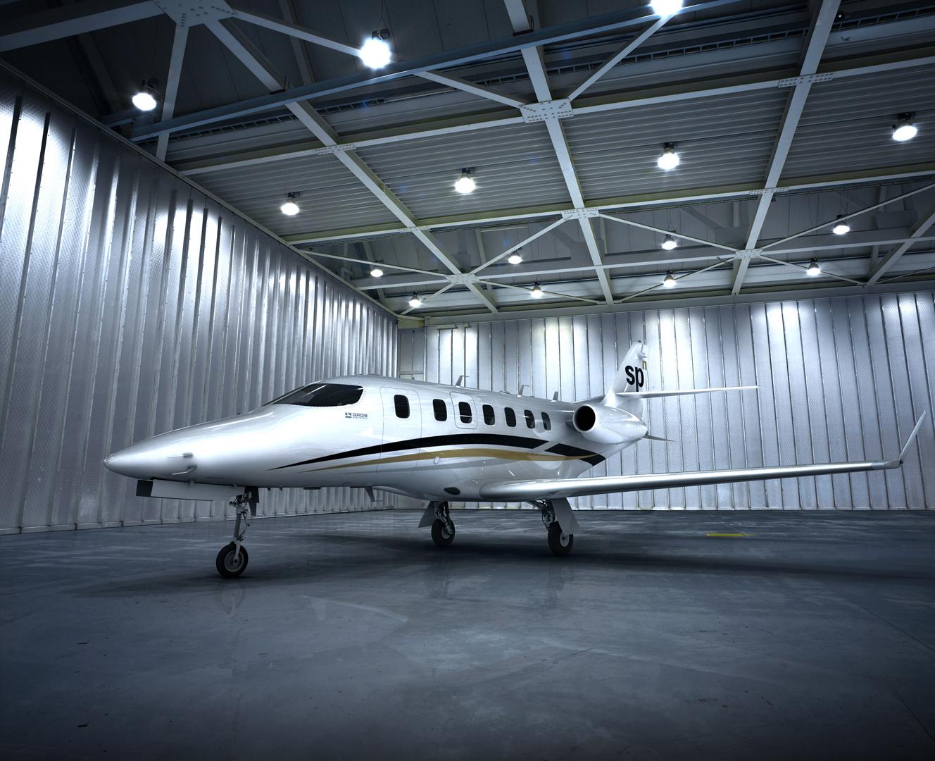 grob_spn_hangar_mittel