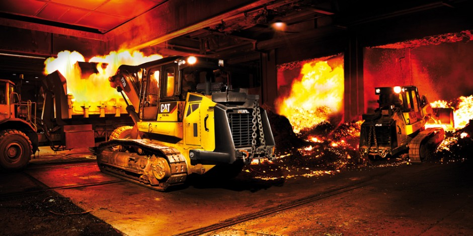 bauforum24.biz: »Heavy Equipment 2012«, Caterpillar-973D