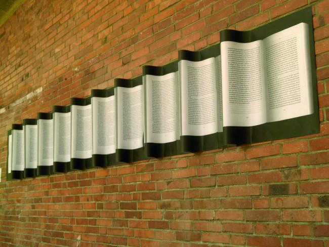 »Kontinuität des Lesens«: Rauminstallation zum Thema ›Akt des Lesens‹, entstanden als Masterthesis im Jahr 2010