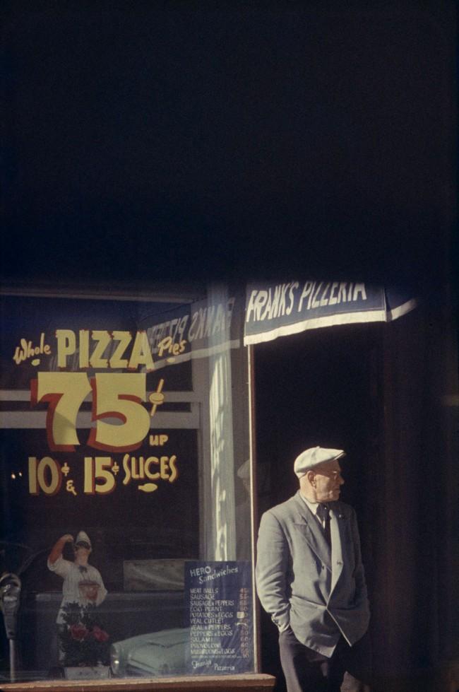 Saul Leiter: Pizza, Patterson 1952