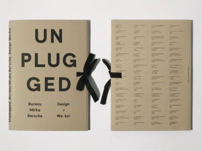 Mappenwerk. 297 mm x 210 mm. 74 lose Blätter, handgedruckt auf dem Risographen. Einband handkonfektioniert, Siebdruck. Entwurf: Mirko Borsche.