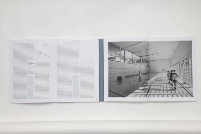Innenansicht: Das Buch »Raum, verschraubt mit der Zeit« von Hubertus Adam aus Österreich, das die »Goldmedaille« erhielt