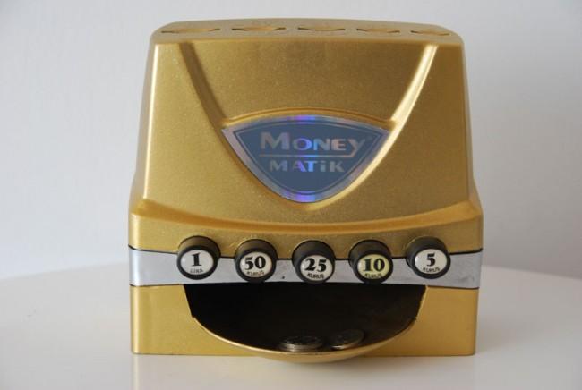 »Moneymatik«, Metall und Kunststoff, 5TL (Türkische Lira), Foto: Anna Pannekoek