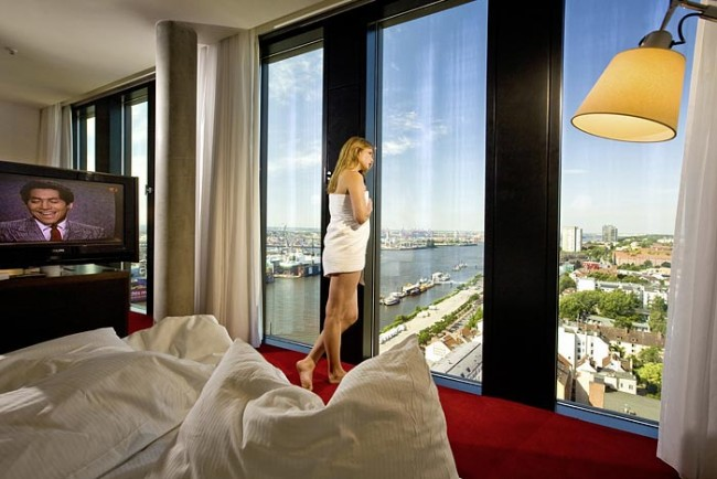 Zimmer im 19. Stock des Empire Riverside Hotels