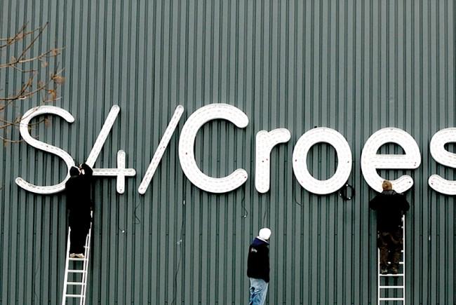 S4C signage