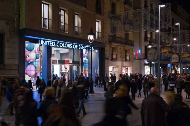 Benetton Live Window in Barcelona