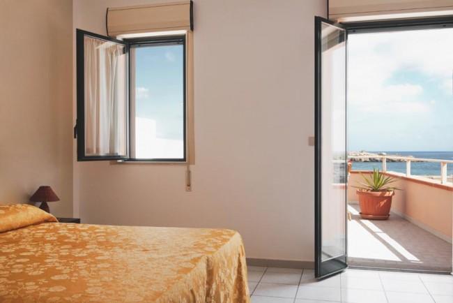 Sven Johne Lampedusa Hotels 2011