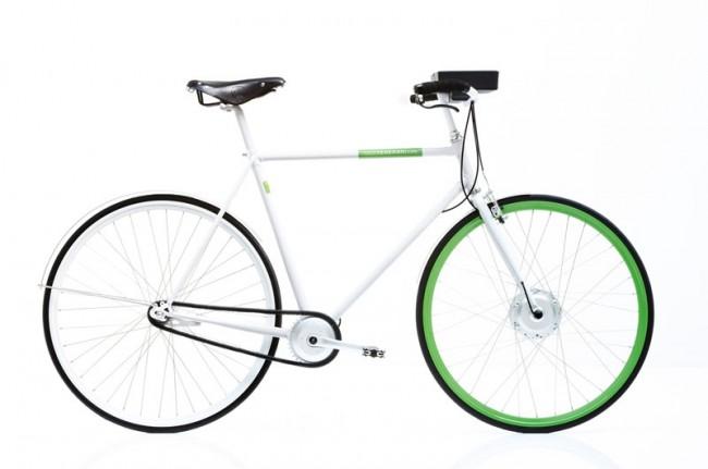e-bike des Architekten und Designers Hadi Teherani. Der Akku verbirgt sich in der Lenkertasche und lässt sich im Büro oder zu Hause aufladen. Ein am Lenker integrierbares iPhone dient als Tacho und zur Navigation.