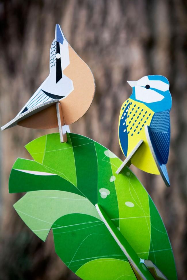 Schluss mit Plastik: Die niederländische Firma Kidsonroof stellt Spielzeug aus Recycling-Pappe mit hohen grafischen Qualitäten her.