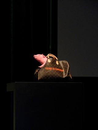 Louis-Vuitton-Fear-Tasche von Jan Teunen