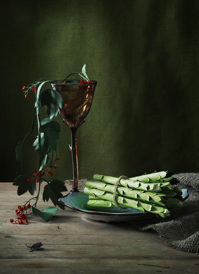 Sparris | Photograph: Olivia Jeczmyk | Stylist: Joanna Lavén | Papercut artist: Fideli Sundqvist