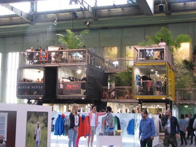 Beim D.O.C.K. fanden sich unterschiedliche Label im Container-Urwald-Style zusammen