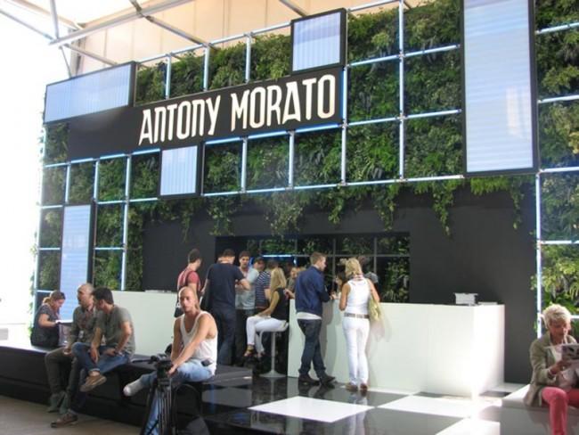 Auch bei Antony Morato grünt es diesmal im Gestänge