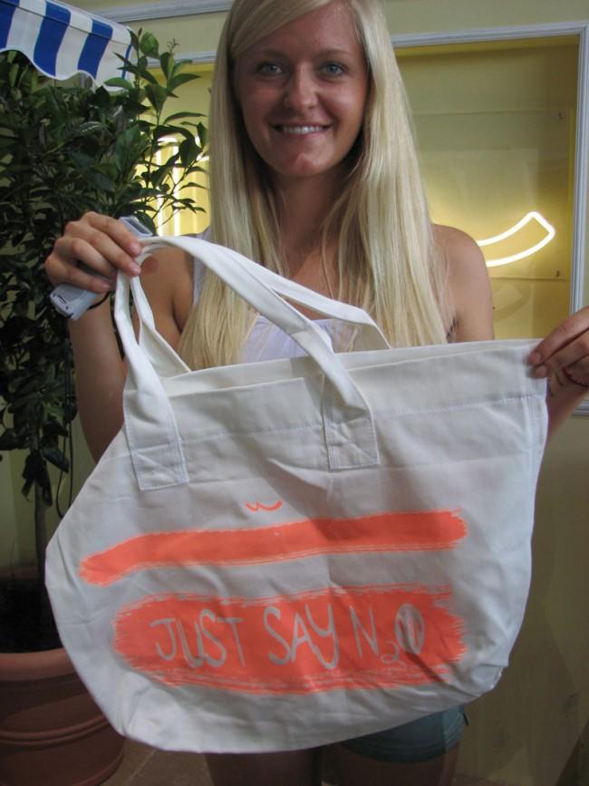 Heiß begehrt: Neon-Bag in Strandgröße von LTB Jeans