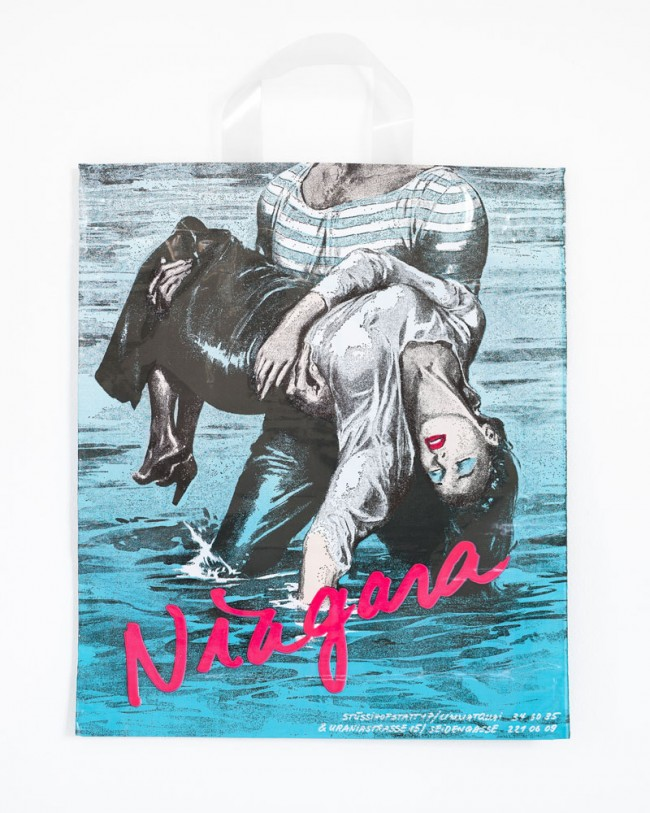 Niagara, Plastiksack eines Kleidermodegeschäfts. 1980er Jahre | Foto: Michael Lio