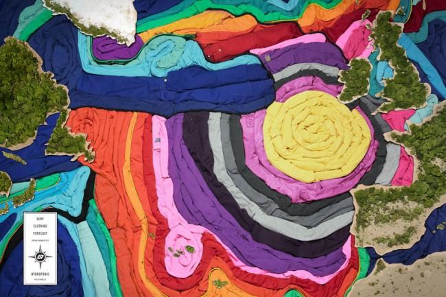 Für den Kunden Hydroponic Surf Clothing gestaltete die Agentur The Conquistadors Collective aus New York und Sidney eine Print-Kampagne, in der sie aus Surf-Klamotten eine Wetterkarte gestalteten