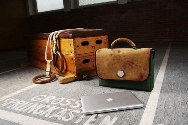 Diese »Kasten plus«-Laptoptasche in der seltenen Ausführung mit grüner Turnmatte können Sie gewinnen. Einfach bis zum 6. August 2012 eine E-Mail an gewinnaktion@page-online.de schicken (der Rechtsweg ist ausgeschlossen).