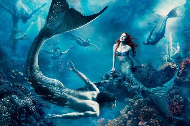 Julianne Moore als Meerjungfrau Arielle