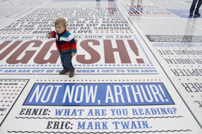 Preisgekrönter Comedy Carpet an der Strandpromenade von Blackpool