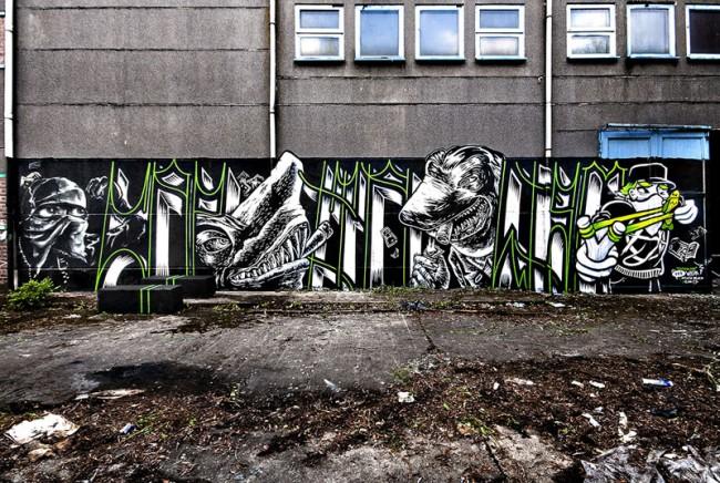 »Capitalism«: Schriftzug von Matthias Gephart, Haie von Felix Gephart, Figuren links und rechts außen von Icon 73 und Peach Beach