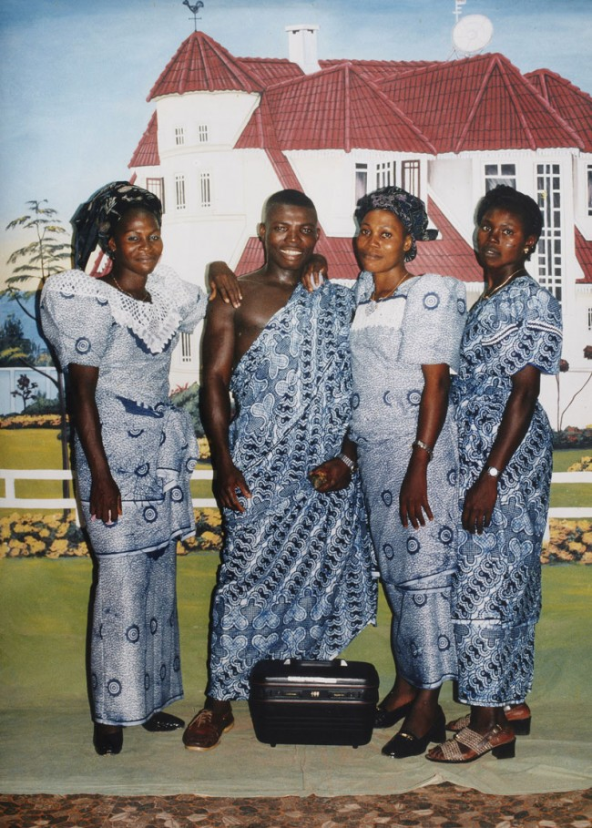 Philip Kwame Apagya: After the funeral, 1998, courtesie: Fifty One Fine Art Photography,