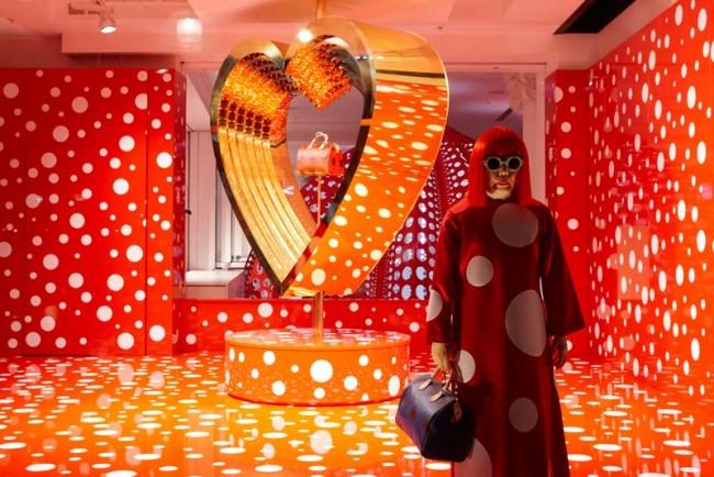 Selfridges-Schaufenster Herbst/Winter 2012 zu Louis Vuitton Kusama