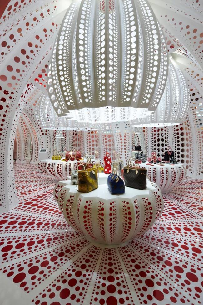 Selfridges Concept Store zu Louis Vuitton Kusama