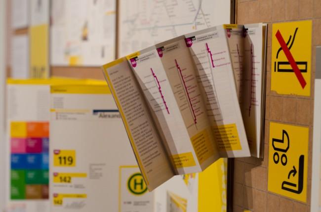 Gestaltung der ›BVG-Ecke‹ in der Ausstellung ›Erik Spiekerman. Schriftgestalten‹
