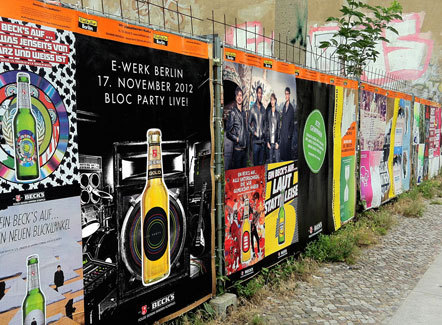 content_size_Lowres_Beck_s_Bloc_Party_BERLIN
