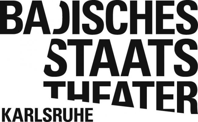 Der von Double Standards gestaltete Auftritt fürs Badische Staatstheater verbannt alle Farbe. Das Spielzeitheft kommt ganz ohne Bilder aus, also auch ohne ein einziges Schauspielerfoto – sehr ungewöhnlich für eine Intendanzeröffnungssaison